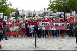 Le départ devant les anciens abattoirs de Vaugirard (Paris 15 ème).